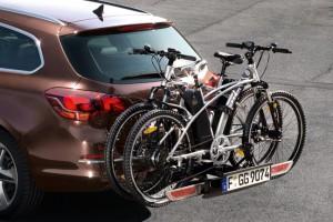 Opel_Astra_FlexFix_Carrier_Systems_768x432_as13_e01_049